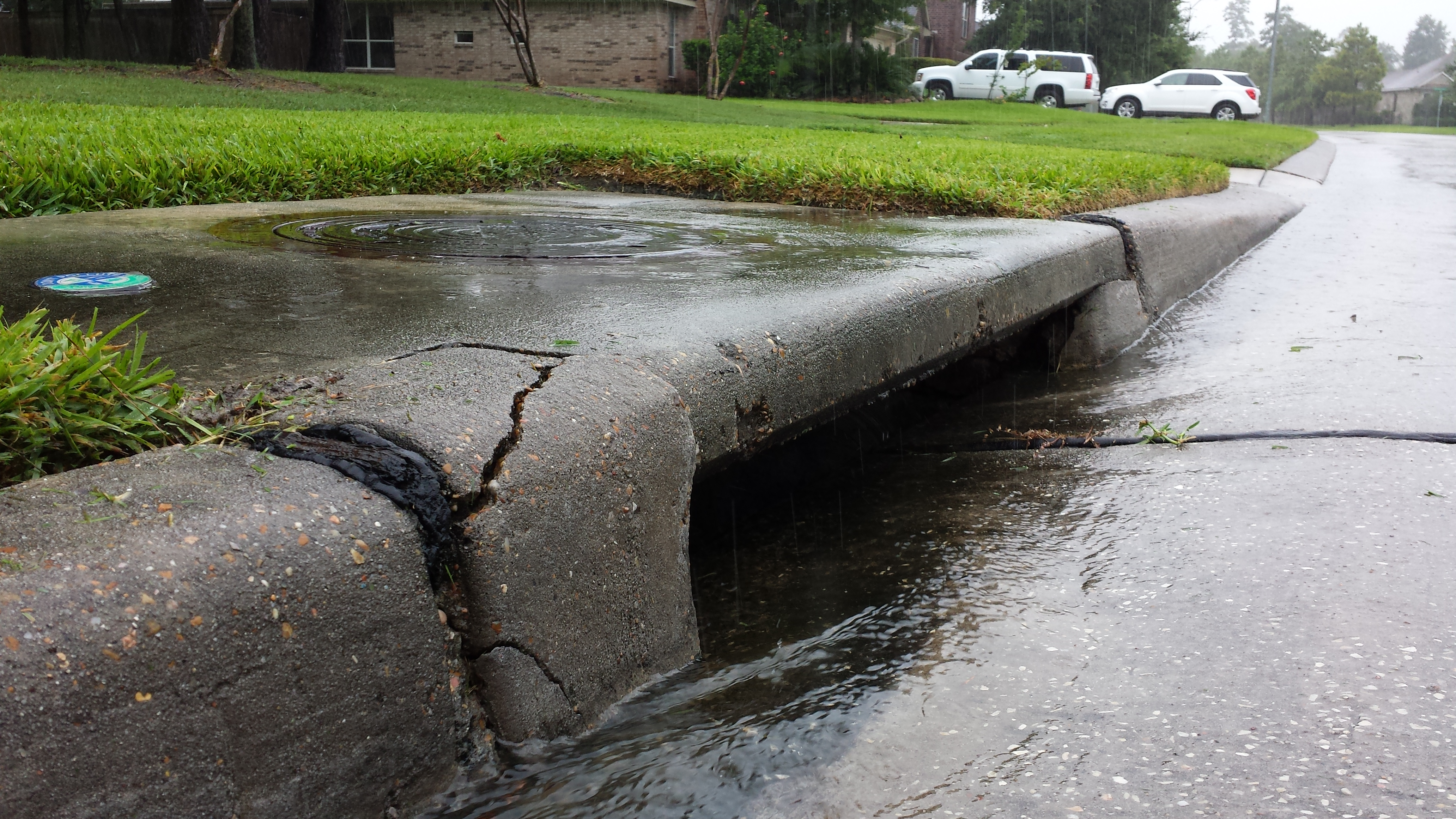 Stormwater Runoff Pollution : What do you know about stormwater pollution save water